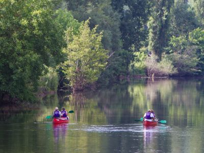 Camping Dordogne | La Peyrugue - Camping 3 étoiles | Périgord Noir | Canöe rivière
